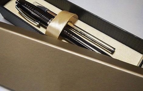 خودکار تبلیغاتی و مدادهای اتود 11