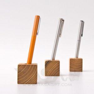 پایه خودکار چوبی